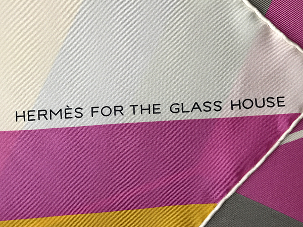 Hermes Centered Rhyme for the Glass House scarf